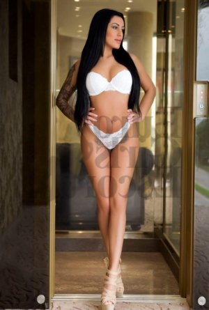 Sylvia erotic massage in Luling